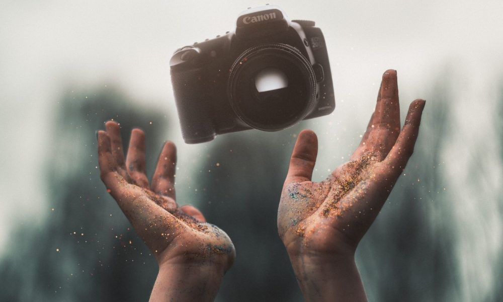 Ghid Fotografie - Fotograf la inceput de drum
